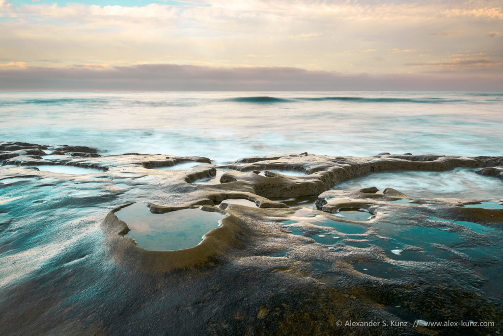 Waves coming in slow on an October morning at the tide pools of Hospital Point, La Jolla, California. Photo (C) Alexander S. Kunz